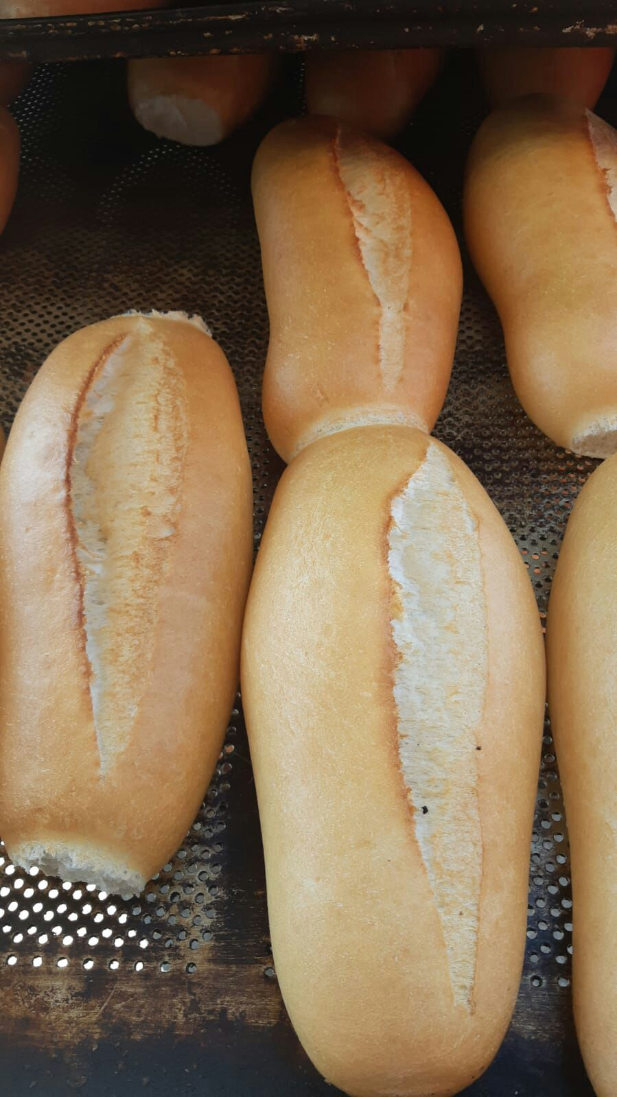 Dik Vals Değirmeni Unu ile yapılan somun ekmek